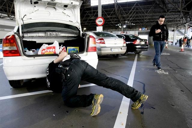 Muchos españoles intentan traer el dinero negro que tienen en Andorra