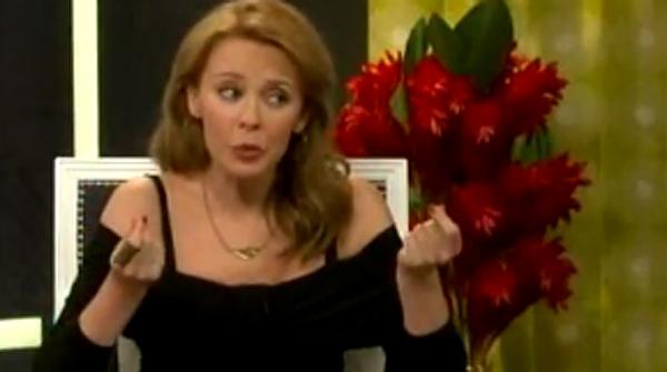 Kylie Minogue se'n riu per televisió del mugró de Madonna