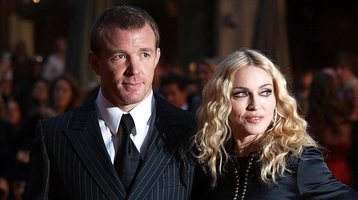 Madonna desnuda a una fan en pleno concierto