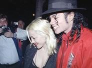 Madonna y Michael Jackson salen de comer de un restaurante de Los Ángeles, en abril de 1991.