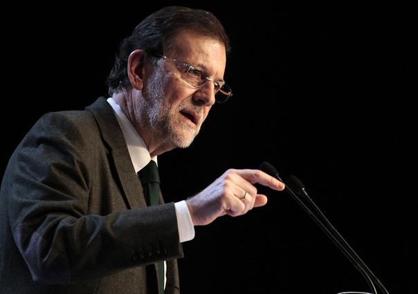"""Rajoy anuncia en un mitin """"la paralizaci�n temporal"""" de los desahucios para familias vulnerables"""