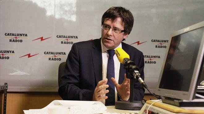 Puigdemont anuncia que se reunirá con Rajoy este mes de enero