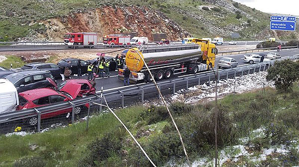 Accidente m�ltiple en Segovia.
