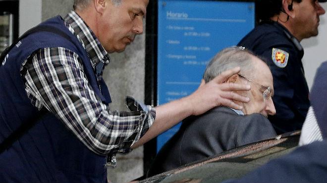 Imágenes de la detención de Rodrigo Rato a la salida de su domicilio
