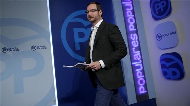 El vicesecretario de sectorial del PP, Javier Maroto, este lunes en rueda de prensa.
