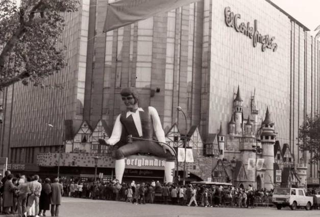 Fotosbarcelonaahir ens anos tus fotos de la barcelona - Foto lienzo el corte ingles ...