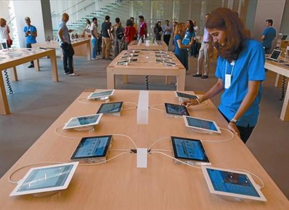 Apple estrena en Barcelona la tienda m�s grande del sur de Europa