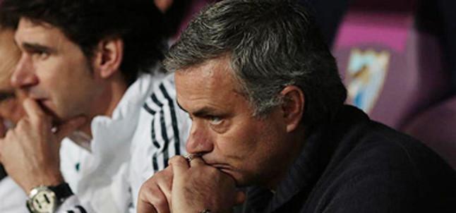 Condena general a Mourinho