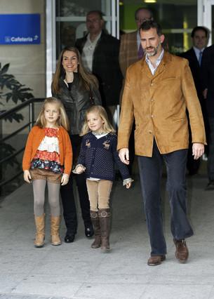 I�aki Urdangarin y la infanta Cristina acuden a visitar al Rey