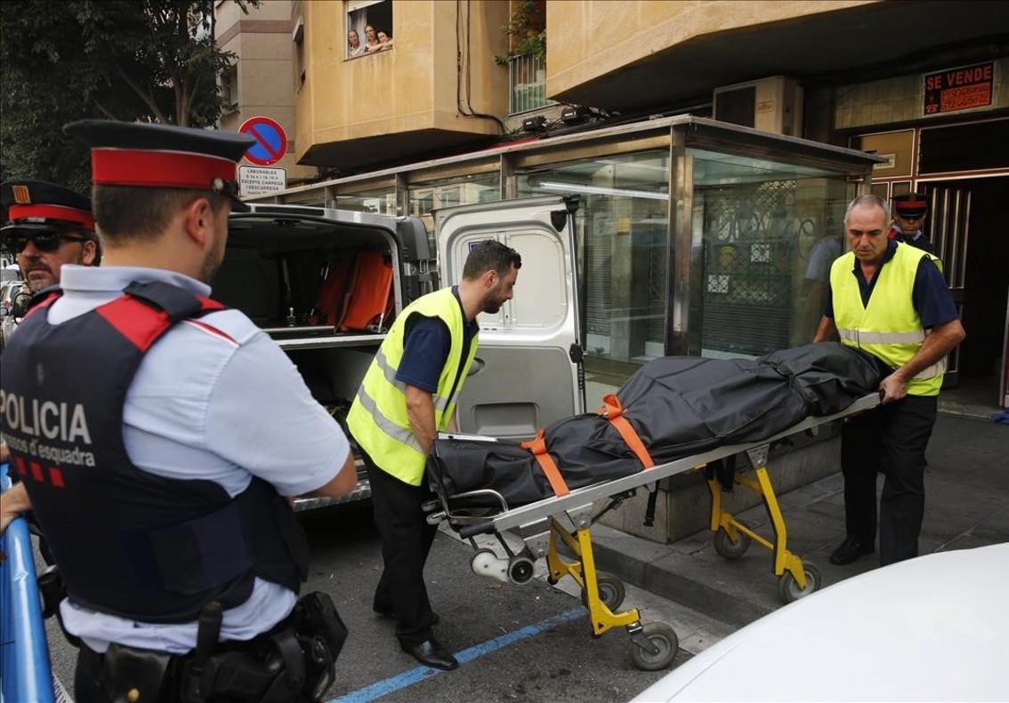 Dos muertos a cuchilladas en una pelea en un piso de santa coloma - Pisos de bancos en santa coloma de gramenet ...