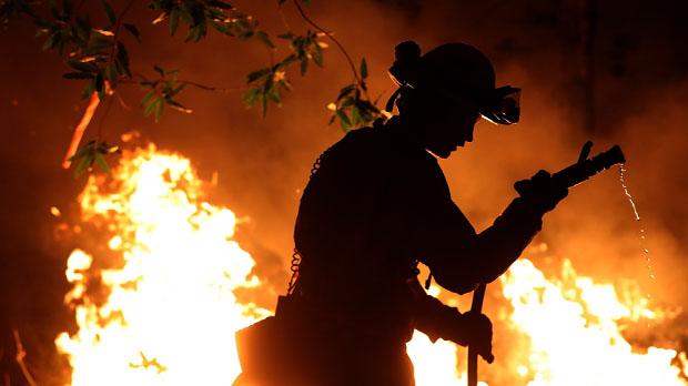 Ja són 31 els morts pels incendis més destructius en la història de Califòrnia