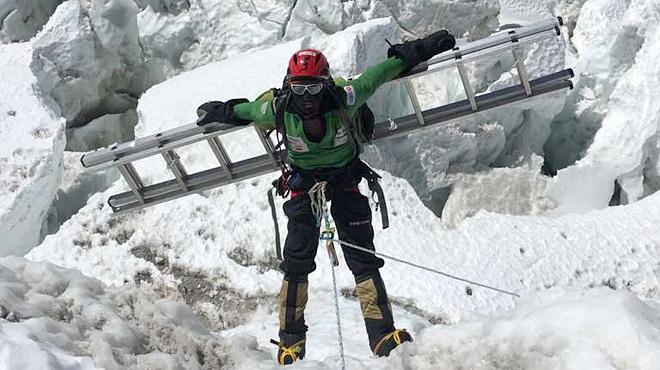 Txikon retoma su gran reto en el Everest