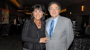 zentauroepp41328946 honey and barry sherman chairman and ceo of apotex inc ar171218101915