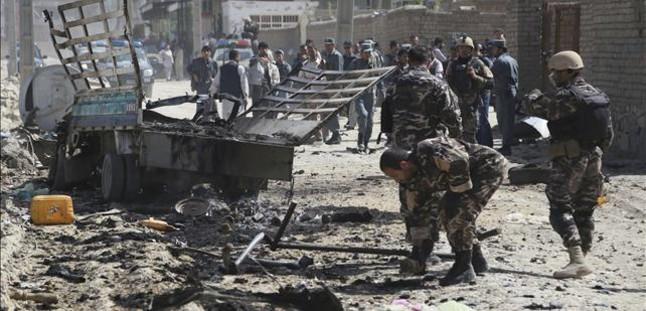 Al menos 13 talibanes mueren en dos ataques en Afganistán