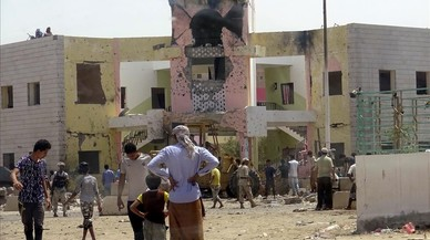 Un atemptat suïcida al Iemen causa 60 morts