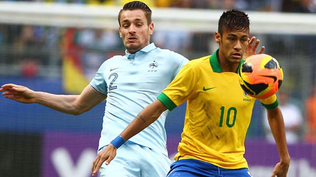 El Brasil de Neymar barre a Francia en el �ltimo ensayo antes de la Copa Confederaciones (3-0)
