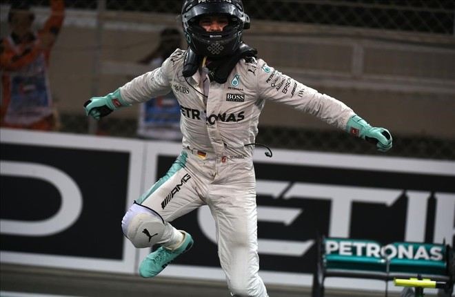 Nico Rosberg celebra su título mundial.
