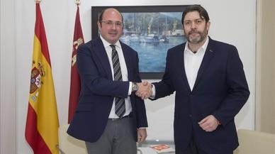 El presidente de Murcia, Pedro Antonio Sánchez, y el líder de Ciudadanos en la región, Miguel Sánchez.