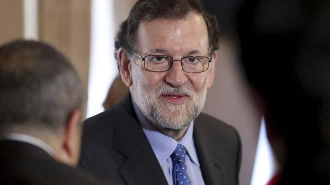 """Rajoy manda un mensaje de """"confianza"""" y """"serenidad"""" a españoles y británicos tras el inicio del Brexit"""