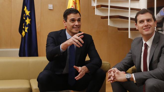 El líder socialista acepta todas las condiciones de Ciudadanos para el acuerdo de legislatura.