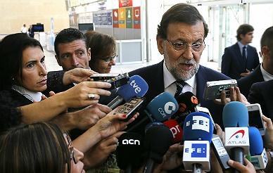 Rajoy confirma que retira la ley del aborto de Gallard�n