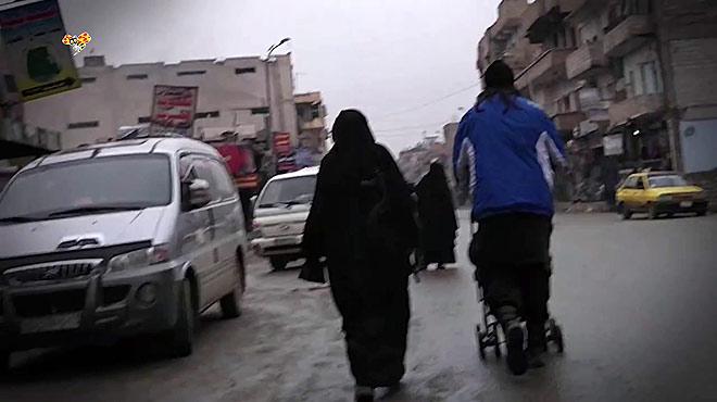Mujeres arriesgan su vida para grabar dentro del Estado Islámico
