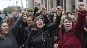 protesta contra resultados referéndum en turquía.