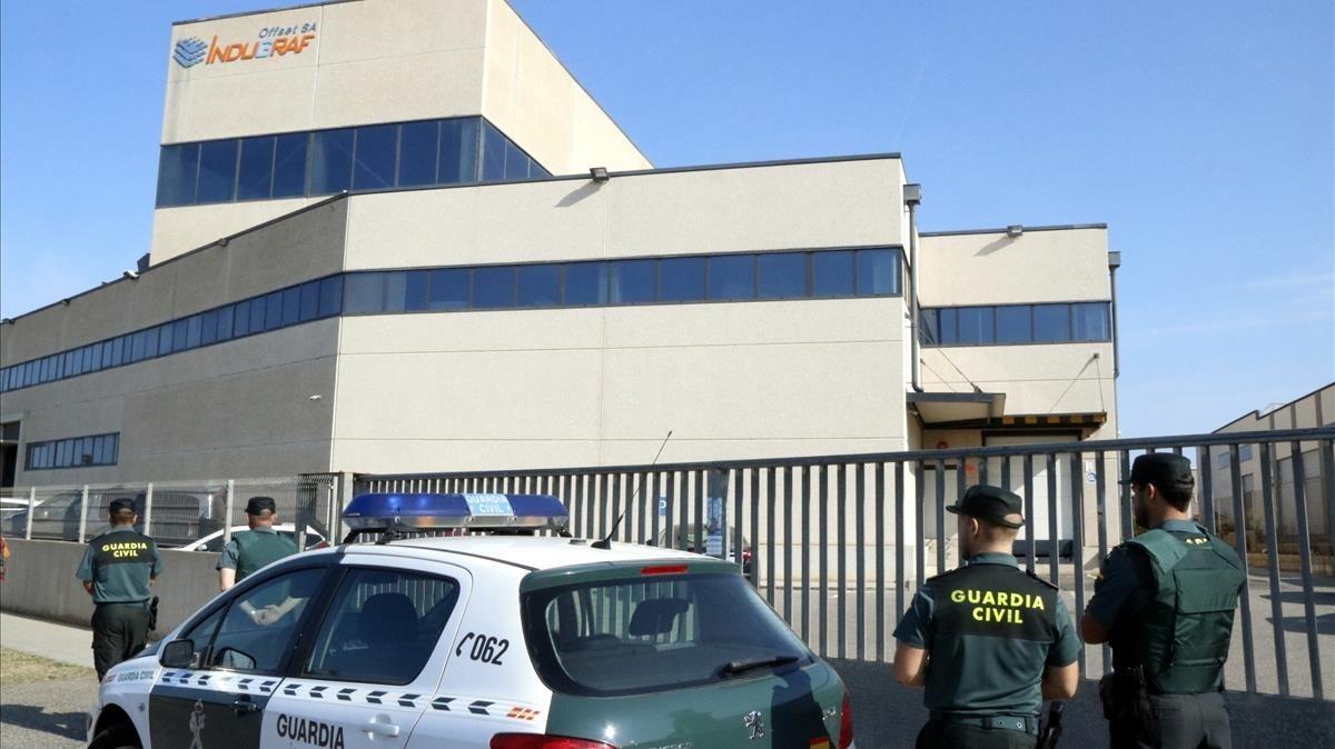 zentauroepp39989576 pla obert de quatre agents de la gu rdia civil davant la imp170907145700
