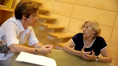 La ruptura de Colau del pacte de Barcelona esquitxa Madrid: malestar al PSOE pel suport d'Arce