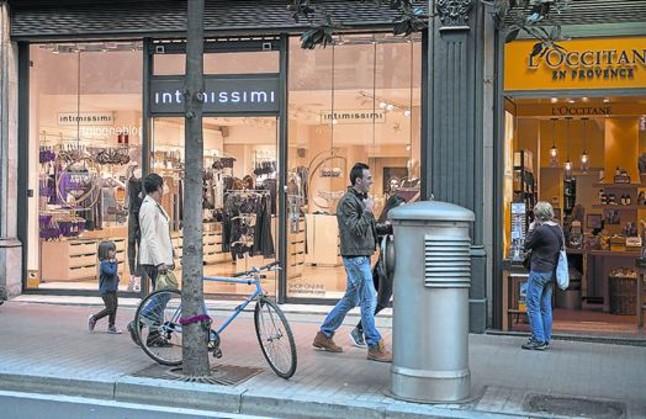 El comercio de BCN resiste con un 83% de tiendas abiertas