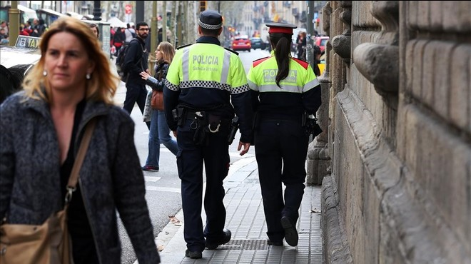La Urbana fitxarà 49 agents dels Mossos, la Policia Nacional o la Guàrdia Civil