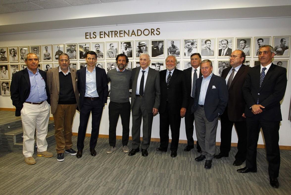 El Espanyol rinde homenaje a sus entrenadores con una galería en el estadio
