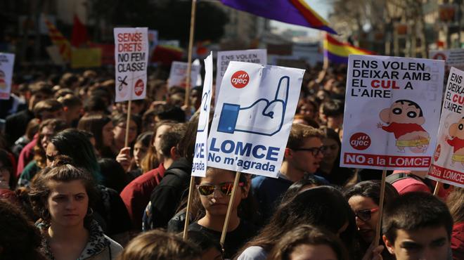 La manifestación del 9-M por las calles de Barcelona.