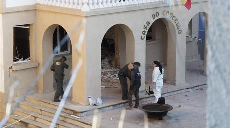 Explota un artefacte a l'ajuntament del municipi de Baralla, a Lugo
