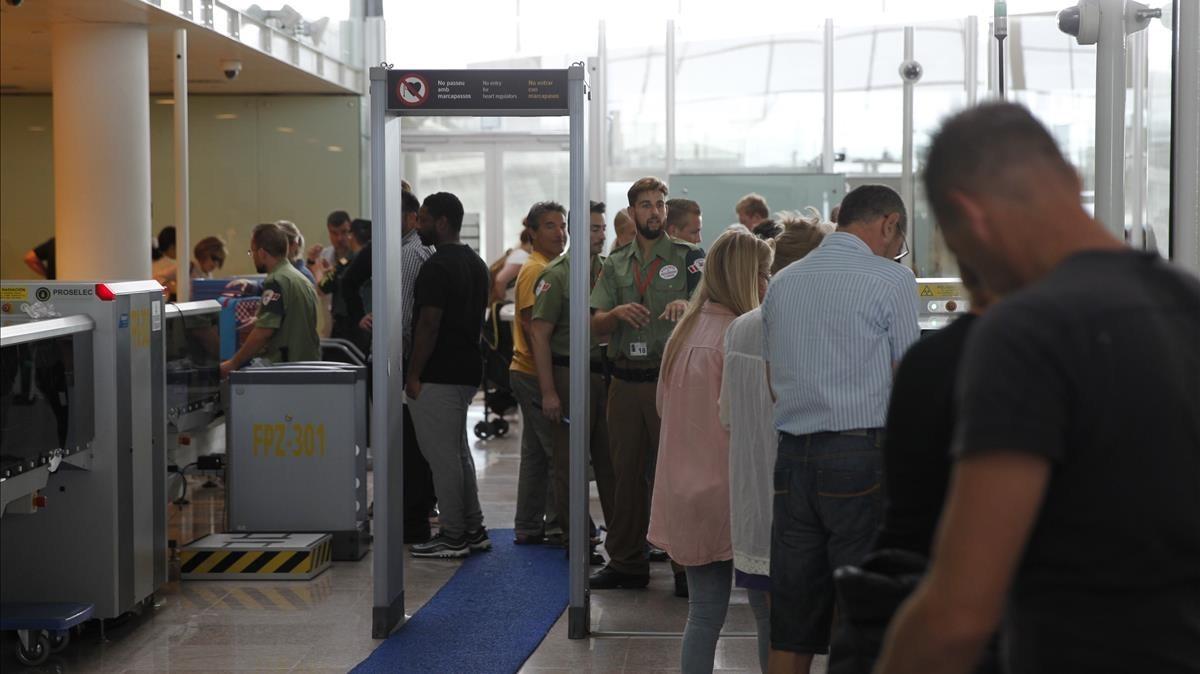 Controles de seguridad del aeropuerto del Prat