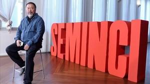 Ai WeiWei, en Valladolid, donde presentó el documental sobre los efugiados Marea negra.