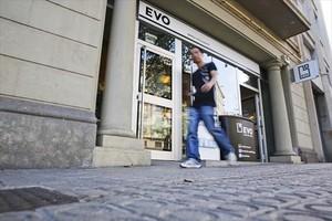 Reducción 8Oficina de Evo Banco en la plaza de Tetuan de Barcelona.