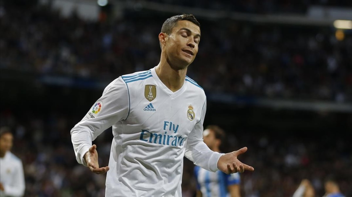 rpaniagua41080651 real madrid s cristiano ronaldo gestures after scoring his s171202191811