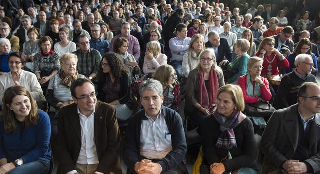 """Una candidata de Democràcia i Llibertat avisa """"dels idiotes"""" que hi ha a Madrid"""