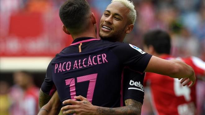 Alc�cer y Neymar.