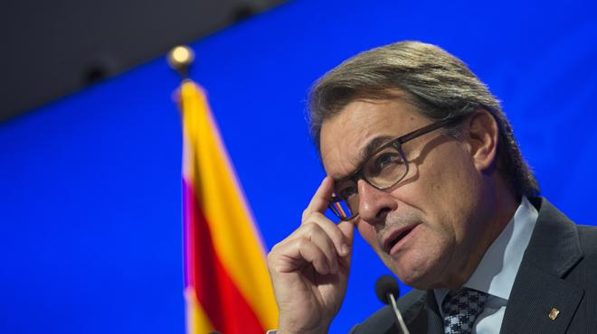 """""""Ya pueden registrar todo, yo estoy supertranquilo"""", dice el presidente de la Generalitat en funciones tras el registro de CDC"""