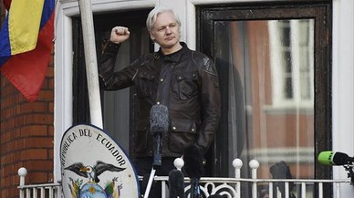 Assange ofrece dinero a cambio de información sobre el asesinato de la periodista maltesa