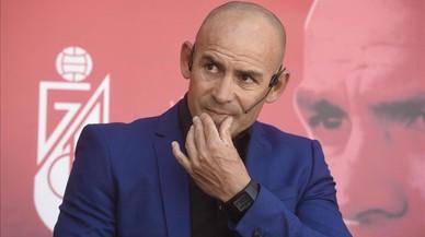 El entrenador Paco J�mez durante su presentaci�n como nuevo t�cnico del Granada.