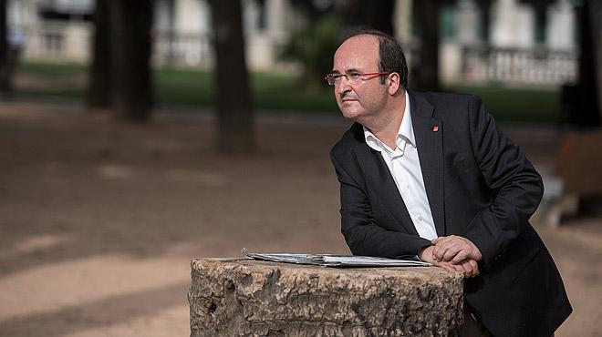 Miquel Iceta, primer secretario del PSC, contesta a las preguntas de Enric Hernàndez, director de EL PERIÓDICO