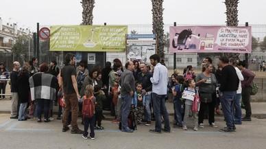 Els pares d'un col·legi amenaçat de tancament demanden Ensenyament