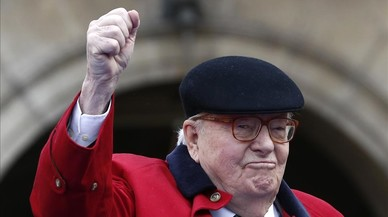 Le Pen padre pide la dimisión de su hija Marine como líder del Frente Nacional en Francia