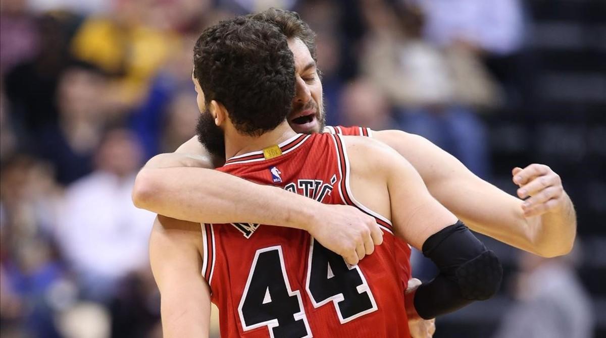 Mirotic rescata a los Bulls