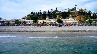 Prisión para un hombre por violar a una mujer en la playa ante otros bañistas