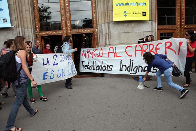 Profesores universitarios asociados protestan contra la precariedad laboral
