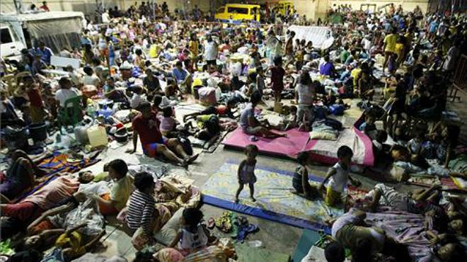 Almenys 21 morts a les Filipines pel pas del tifó 'Hagupit'